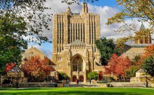 Displaying the urban Yale campus.